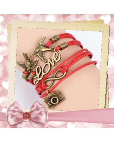 Червена кожена гривна Love