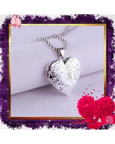 Колие сърце с цветя и отварящ се медальон