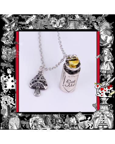 Necklace Eat me Bottle, Alice in Wonderland